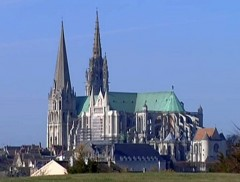 chartres-cathedrale-L2.jpg